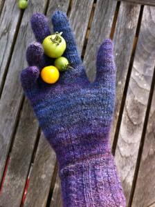Glovely-1-224x300